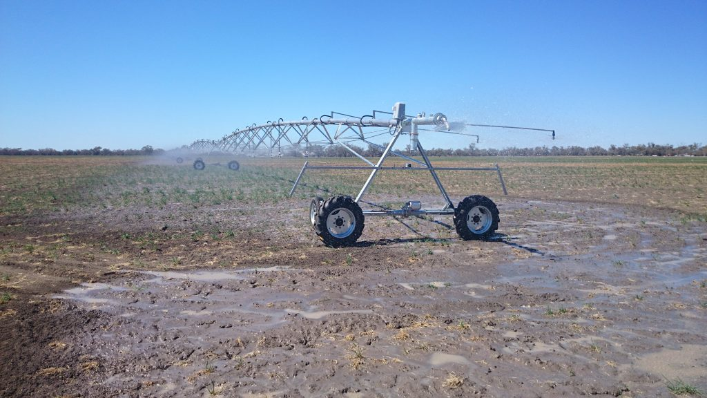 Upton Low Profile Aluminium Centre Pivot for Alan Schutt, St George, Qld4